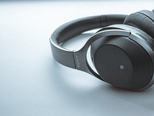 headphones-5596990_640